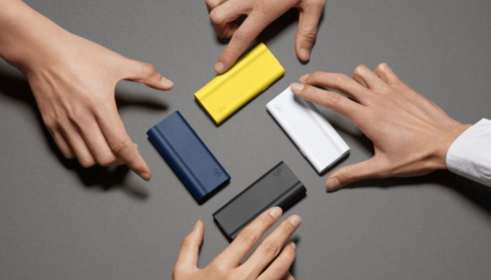 スタイリッシュなデザインと鮮やかな4色のカラーバリエーション